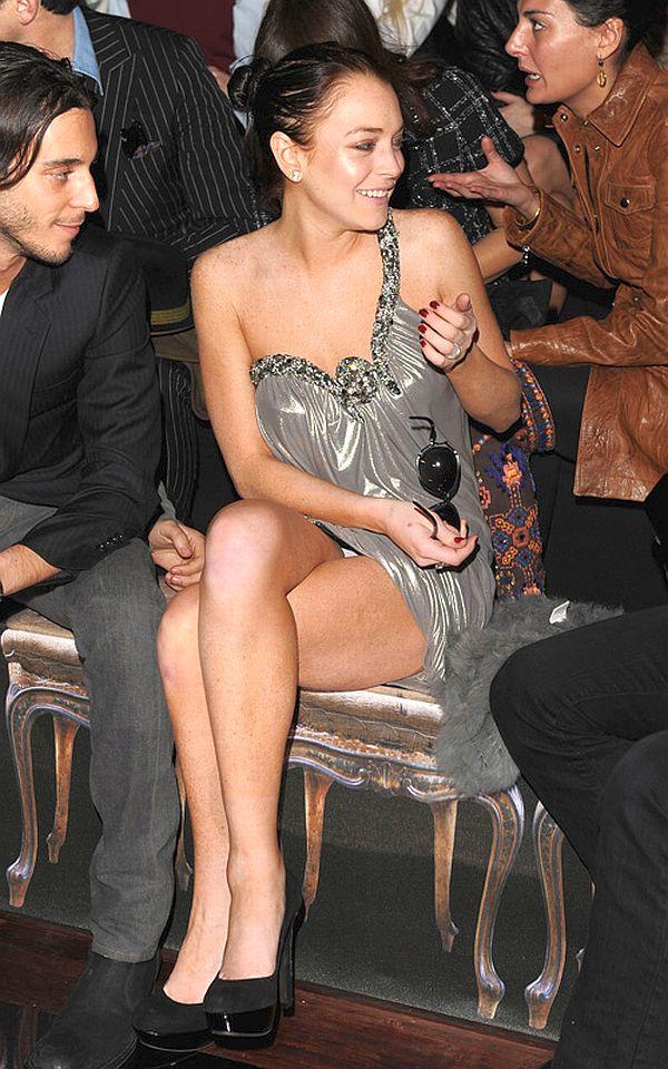 Lindsey Lohan No Panties 101
