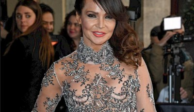 20160412-lizzie-cundy-home