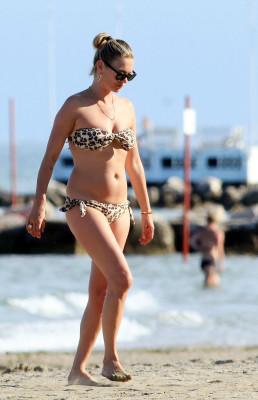 kate moss venise vacances en bikini