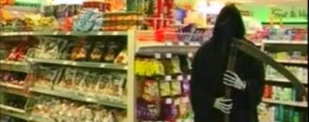 juste-pour-rire-un-fantome-dans-le-magasin