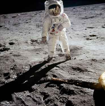 homme sur la lune complot arnaque