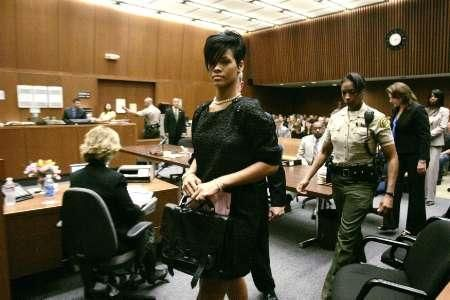 rihanna agression chris proces