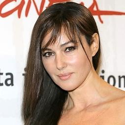 monica bellucci 45 ans enceinte planete buzz. Black Bedroom Furniture Sets. Home Design Ideas