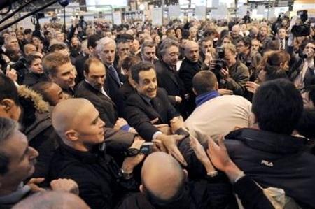 Nicolas Sarkozy - casse-toi pauvre con