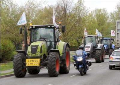 tracteurs-en-route-pour-paris