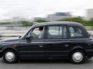 310200293-les-chauffeurs-de-taxi-londoniens-consideres-comme-les-meilleurs-au