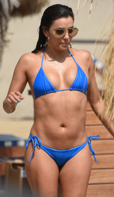 20150708-eva-longoria-bikini-blue-home