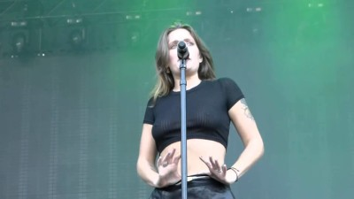 tove-lo boobs