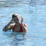 Michelle Hunziker bikini rouge 3