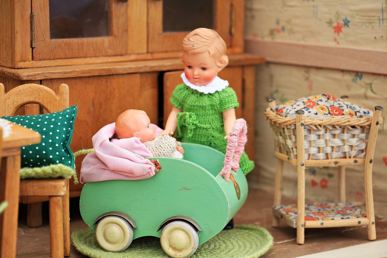jouet - maison de poupée